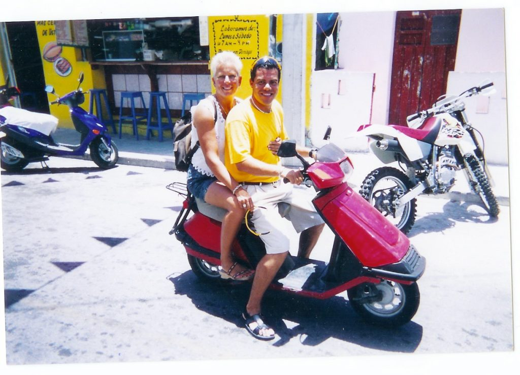 Romance on a moped!